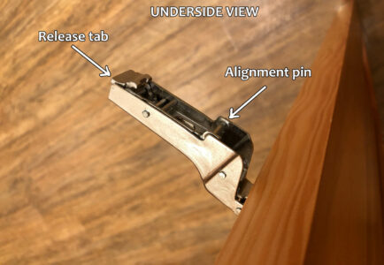 Blum hinge adjustment - Underside of hinge